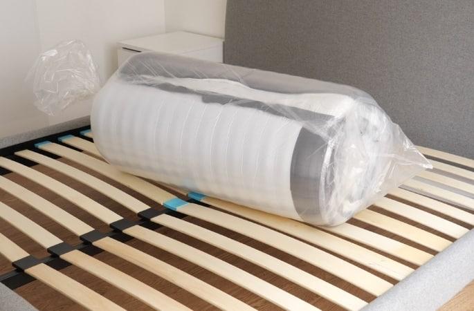 matras in een doos